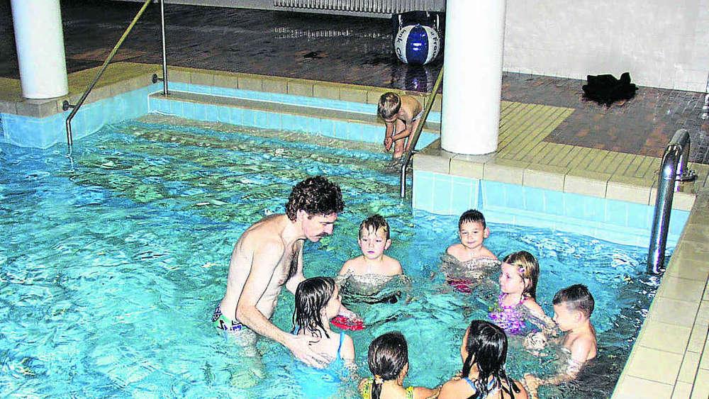 Schwimmbad Soll Erhalten Bleiben