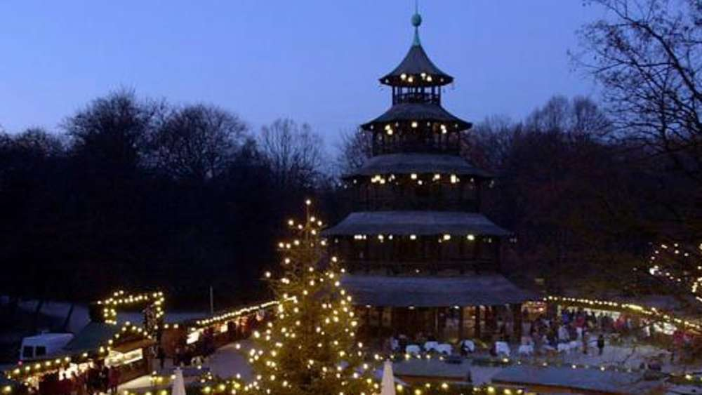 Weihnachtsmarkt Am Chinesischen Turm.Weihnachtsmärkte In München Weihnachtsmarkt Am Chinesischen Turm