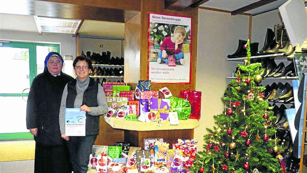 Kinderheim Weihnachtsgeschenke.Aktion Sternschnuppe 28 Packerl Fürs Kinderheim Schongau