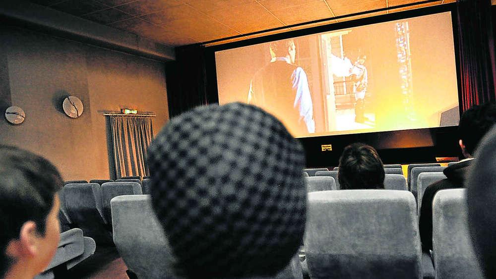 Im Kino Fällt Bald Der Letzte Vorhang Geretsried Wolfratshausen