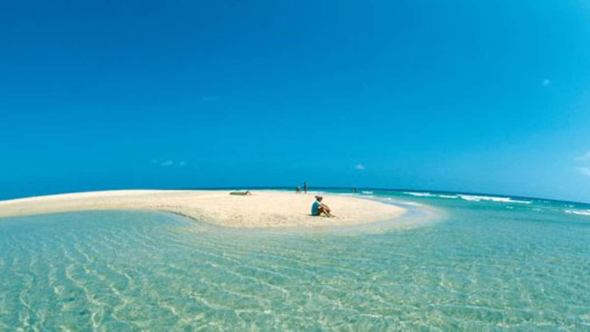 frauentausch am strand auf fuerteventura
