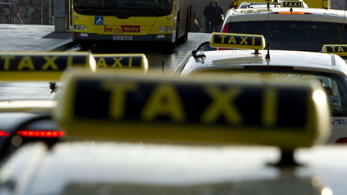 taxirechner jetzt einfach und schnell taxikosten berechnen. Black Bedroom Furniture Sets. Home Design Ideas