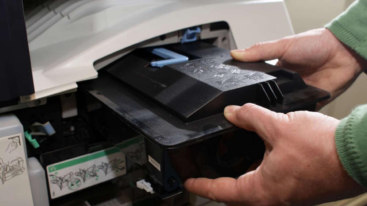 laserdrucker feinstaub enth lt gef hrliche partikel wie brom silizium chrom gesundheit. Black Bedroom Furniture Sets. Home Design Ideas