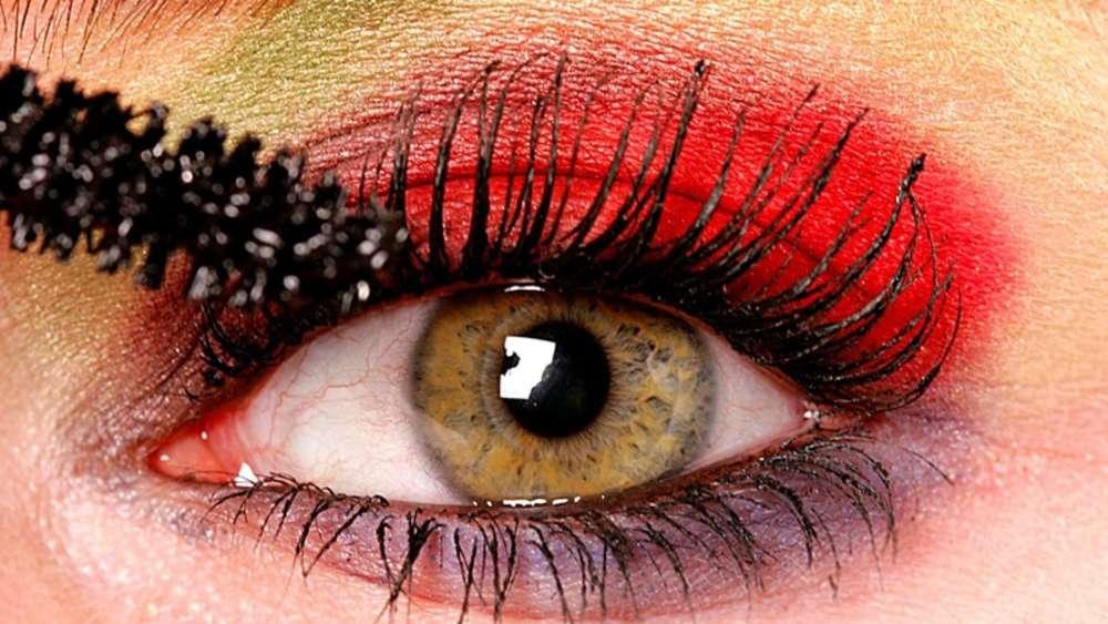 Gift in Kosmetik - Wimperntusche mit krebserregenden Stoffen ...