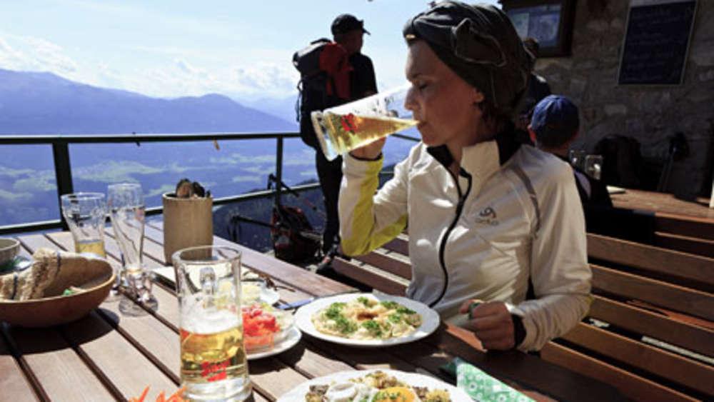 Outdoor Küche Wandern : Tirol wandern für genießer mit hüttenabenden gehobene küche