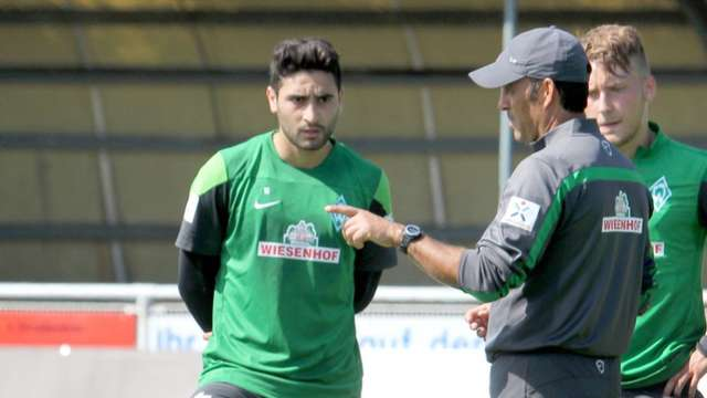 Werder-Zoff: Ekici und Hunt im Trainings-Clinch