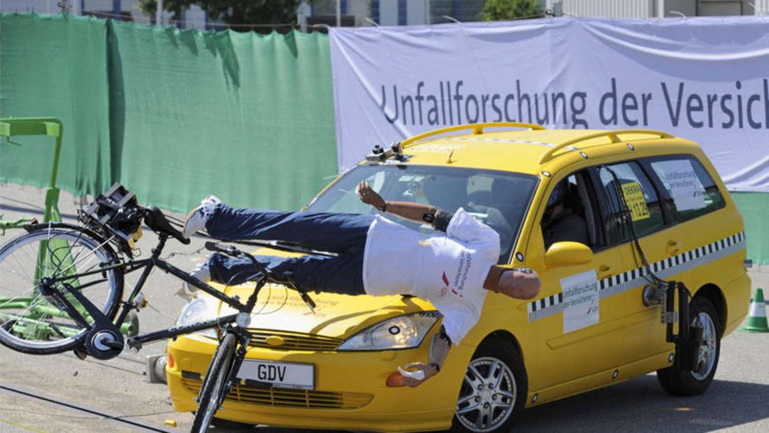 Fahrradunfall: Das passiert beim Aufprall