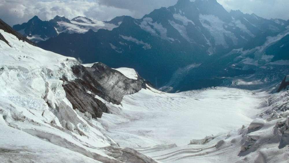 Klettergurt Für Gletscher : Aletsch: wandern auf dem längsten gletscher der alpen reise