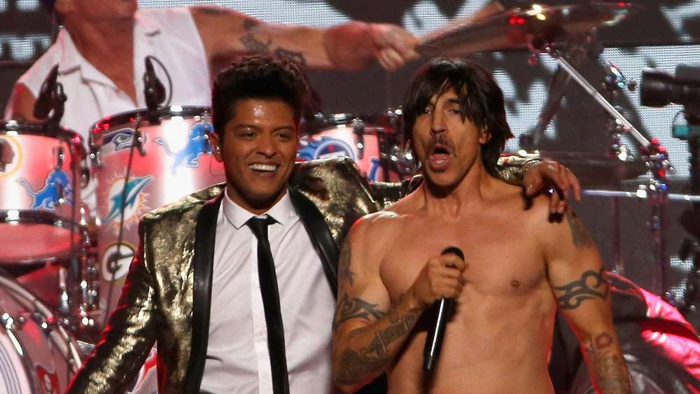 Red Hot Chili Peppers geben Playback beim Superbowl zu