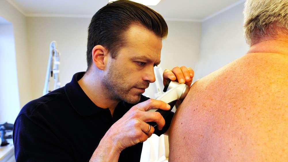 Falten Altersflecken Und Geplatze äderchen Reife Haut Muss Nicht