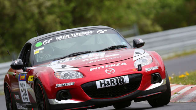 Mazdas MX-5: Ab in die