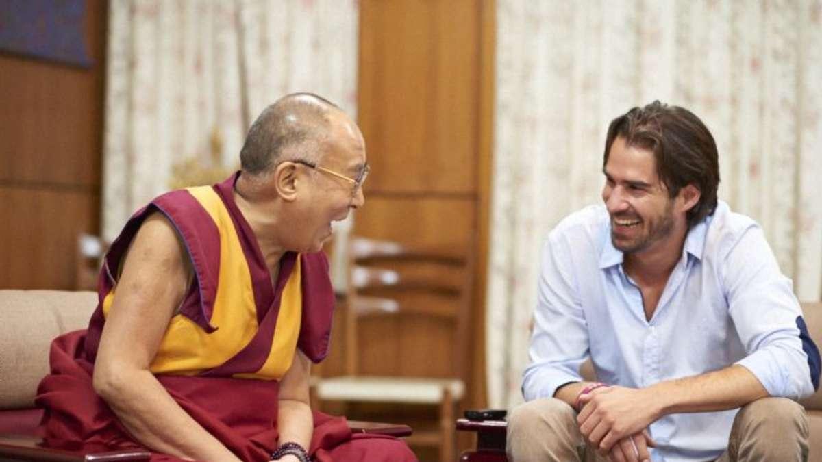 das versprechen an den dalai lama stadt m nchen. Black Bedroom Furniture Sets. Home Design Ideas
