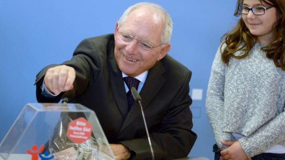 Schäuble Ruft Zum Spenden Von Ausländischen Münzen Auf Leben