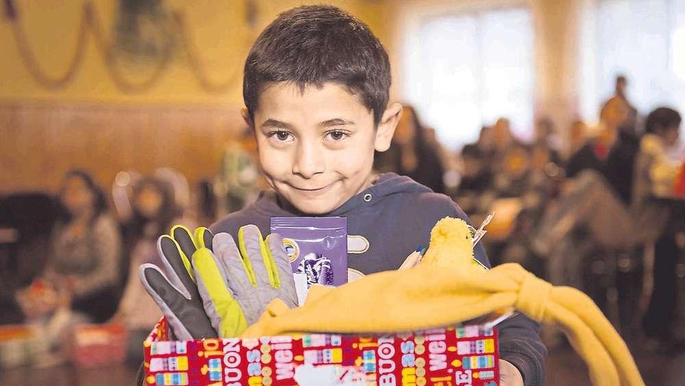 Weihnachtsgeschenke für bedürftige Kinder | Weihnachten