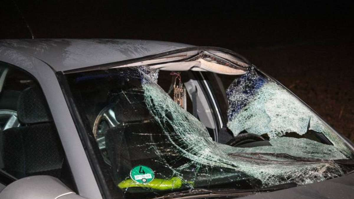 bilder vom unfall bei traunreut auto uberfahrt fussganger 28 jahriger stirbt bayern