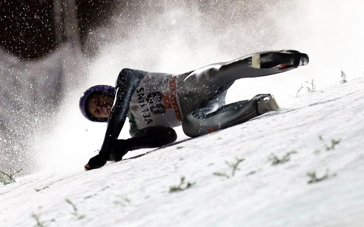 Sturz Beim Skispringen