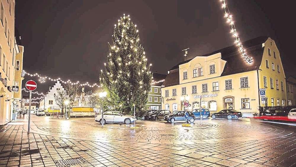 Schongau Weihnachtsmarkt.Kabarettist Daniel Kallauch Eröffnet Schongauer Weihnachtsmarkt