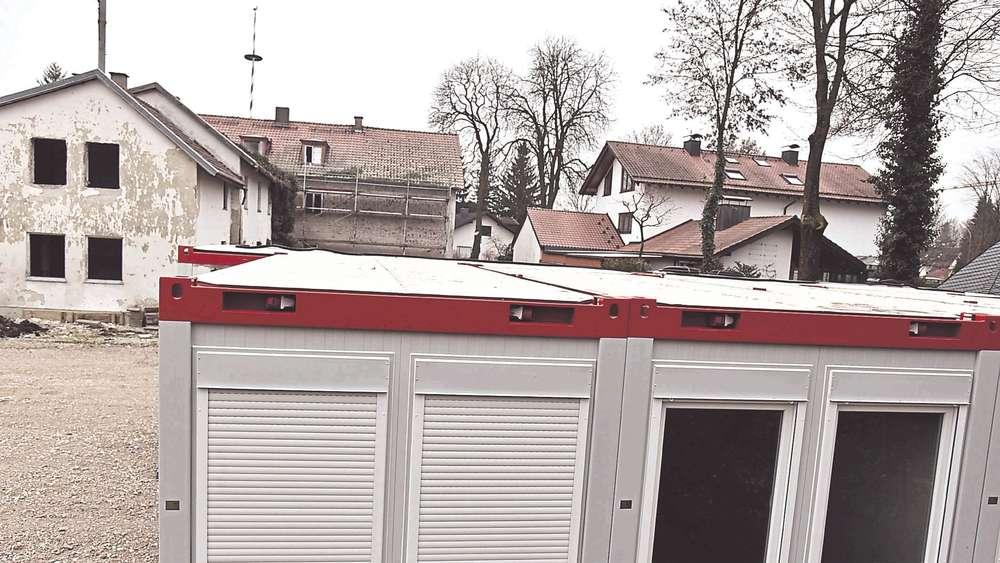 asyl container in fischerh user m ssen wieder weg m nchen landkreis. Black Bedroom Furniture Sets. Home Design Ideas