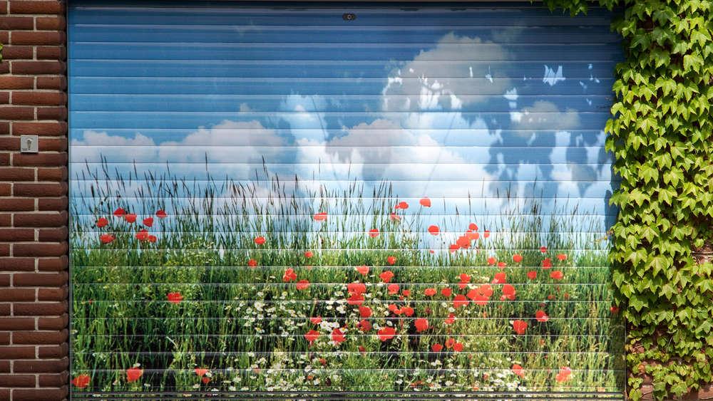 Garagentor holzoptik  Kreuth: Neue Gemeinde-Bausatzung erlaubt graue Dächer | Tegernsee