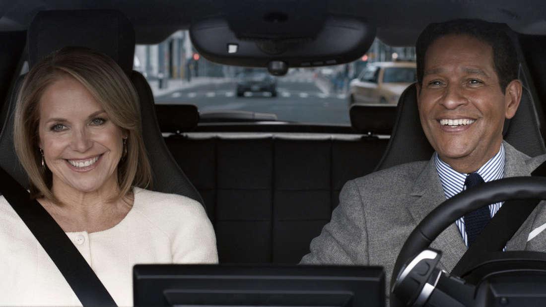 Katie Couric und Bryant Gumbel im BMW's Super Bowl Spot.