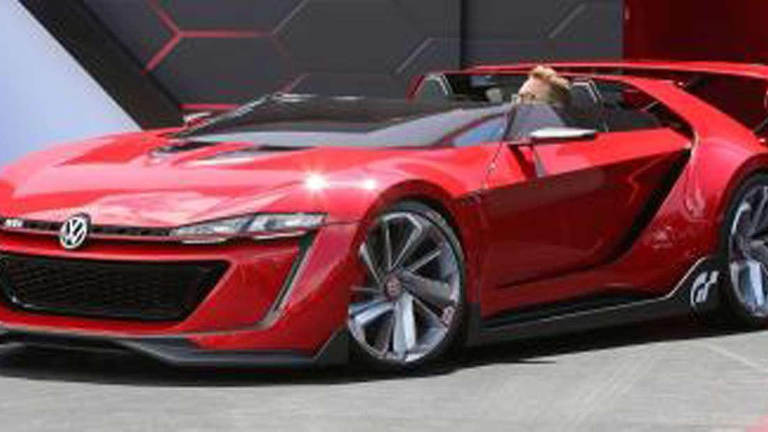 """Protzige Reifen und ein mächtiger Spoiler: der VW Golf GTI Roadster wurde ursprünglich speziell für das Sony-PS3-Spiel """"Gran Turismo 6"""" designt."""