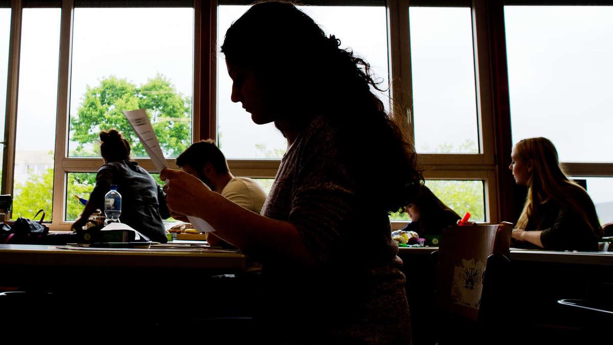 Eklat am Gymnasium: Lehrkraft rückt Noten nicht raus