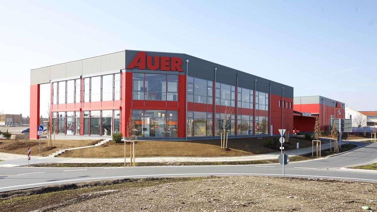 Auer Baustoffe eröffnung auer bauzentrum in parsdorf erding