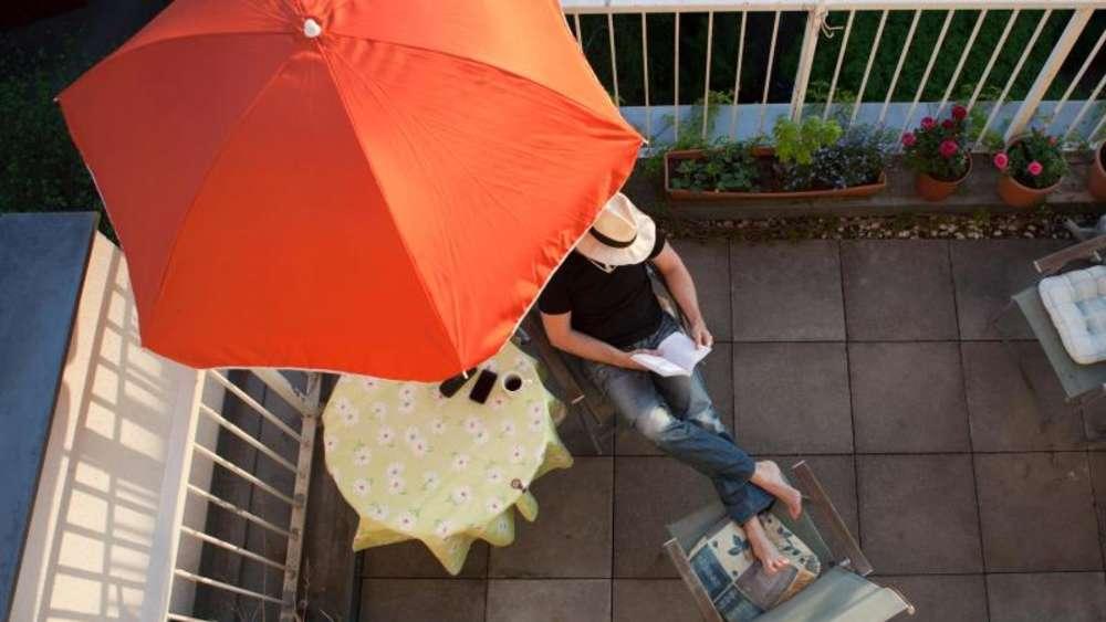 Balkon, Garten, Grillen - Rechtliche Grenzen Für Mieter | Leben Grillen Auf Balkon Garten