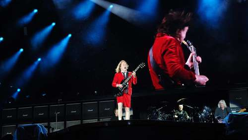 """Let there be rock"": AC/DC begeistern im Olympiastadion"