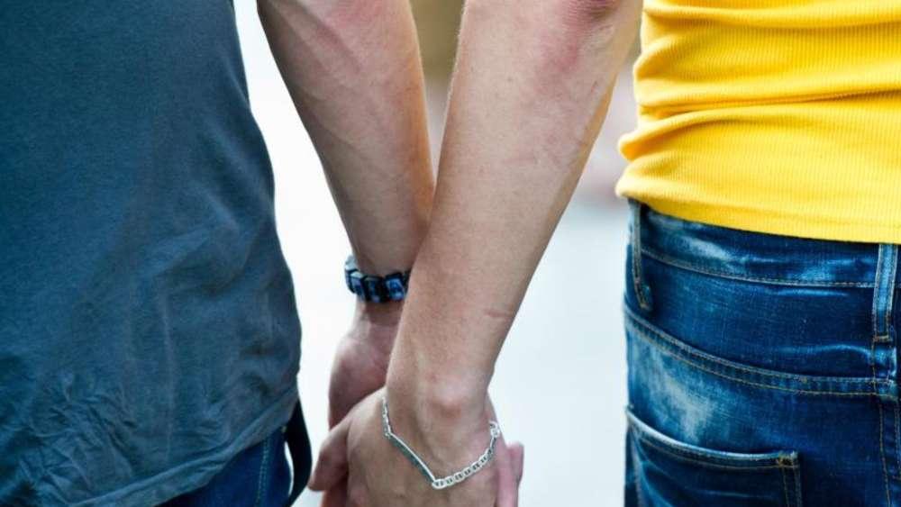 Die Geschichte der homosexuellen Ehe