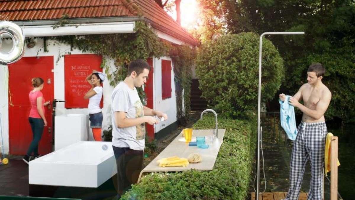 g nstiger als ein pool duschen im garten wohnen. Black Bedroom Furniture Sets. Home Design Ideas