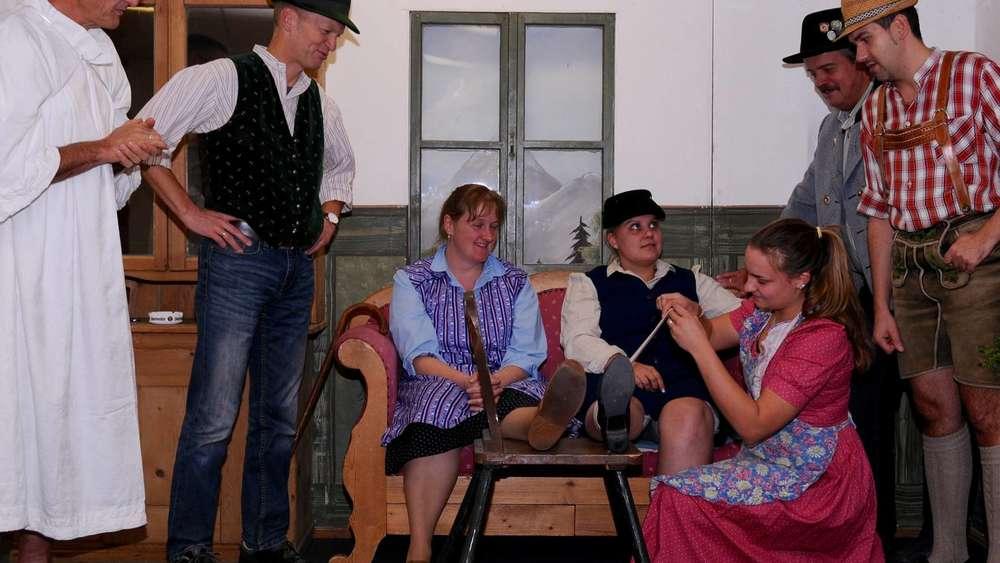 Egling: Theaterstück Trachtenverein Wendlstoana Thanning ...
