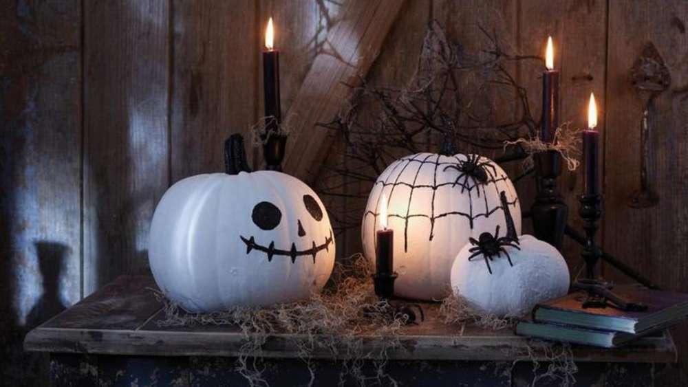 jack in der laterne dekoration f r halloween basteln. Black Bedroom Furniture Sets. Home Design Ideas