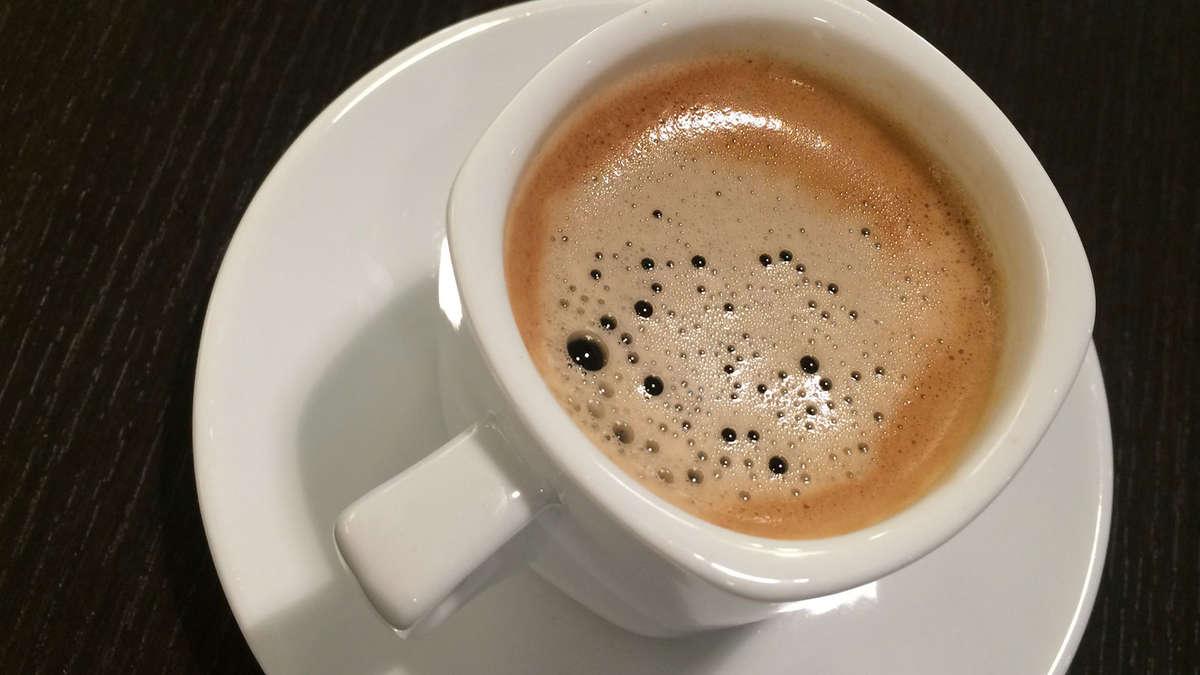 Vier Tassen Kaffee schützen vor Leberkrebs, haben Forscher ...