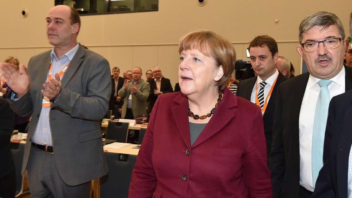Volksverräter Merkel