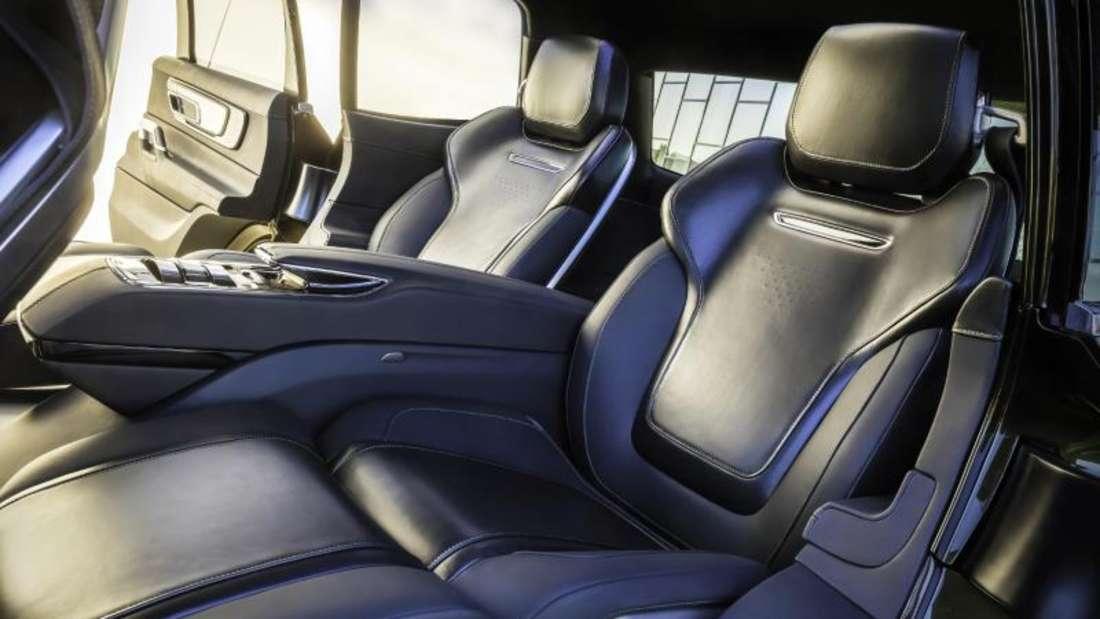 Intelligente Rücksitze: Sensoren im Kia Telluride erfassen Vitaldaten der Passagiere und starten ein individuelles Entspannungsprogramm. Foto:Kia/Bruce Benedict