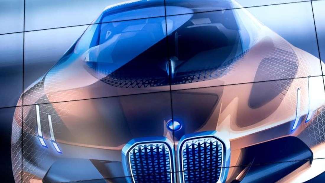 Eine Designstudie von BMW bei der Pressekonferenz in München zum 100. Jahrestag der Unternehmensgründung.