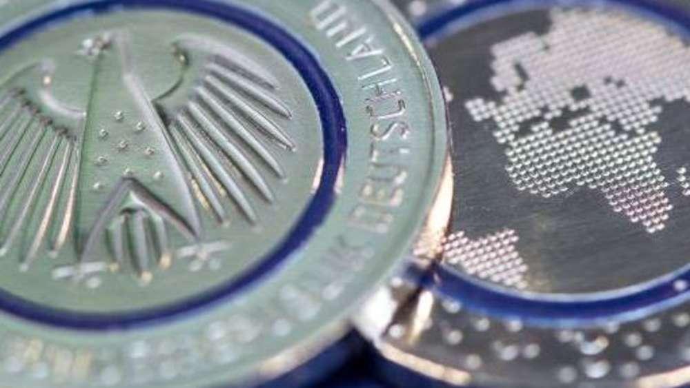 5 Euro Münze Finanzminister Markus Söder Präsentiert Geldstück