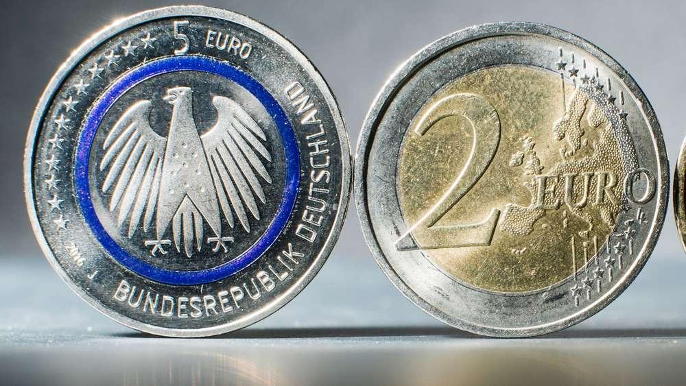 Fünf Euro Münzen In München Sturm Auf Die Kassenschalter Der