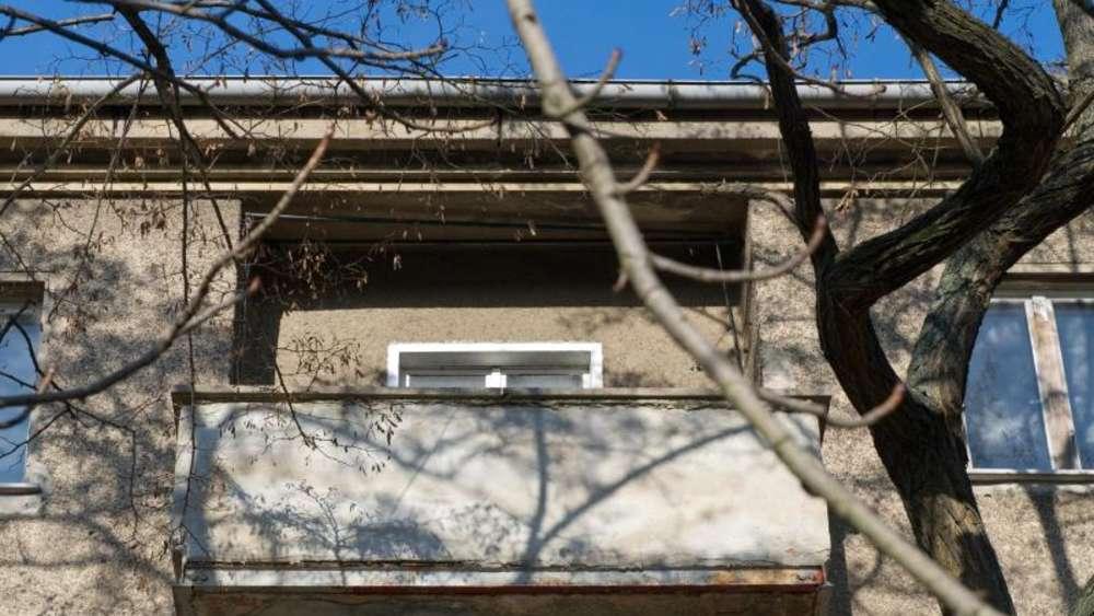 Good Vorsicht Bei Feuchtigkeit: Balkon Frühjahrsfit Machen