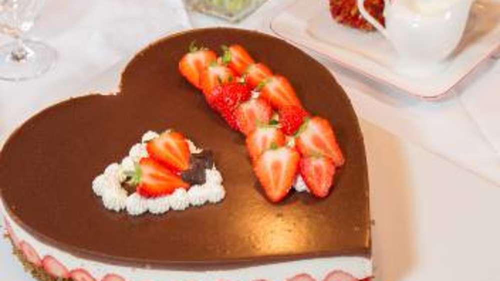 Eine Torte Die Von Herzen Kommt Genuss