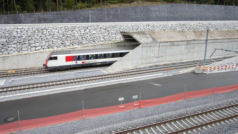 Gotthardtunnel Eröffnung 2016 Weltlängster Tunnel Eröffnet Am