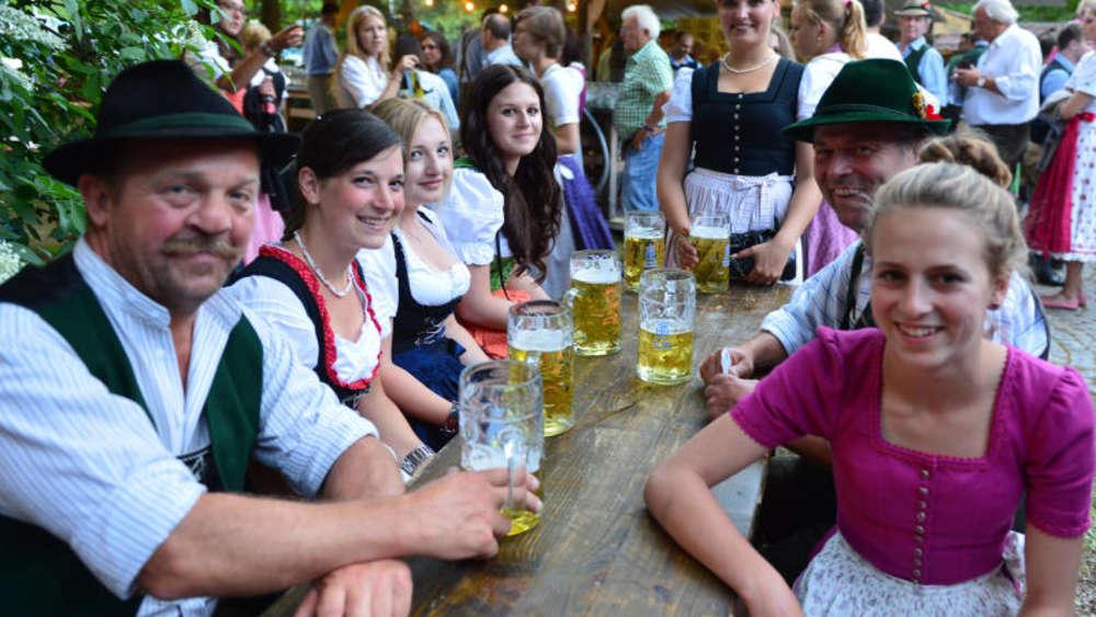 Waldfest-Saison 2016 Am Tegernsee: FC Real Kreuth Startet