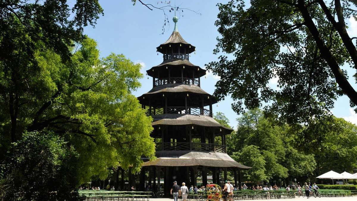 der chinesische turm warum die pagode im englischen garten steht altstadt lehel. Black Bedroom Furniture Sets. Home Design Ideas