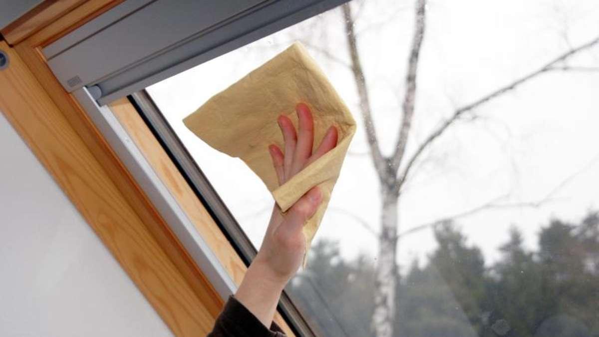 fenster putzen erst der rahmen dann das glas wohnen. Black Bedroom Furniture Sets. Home Design Ideas