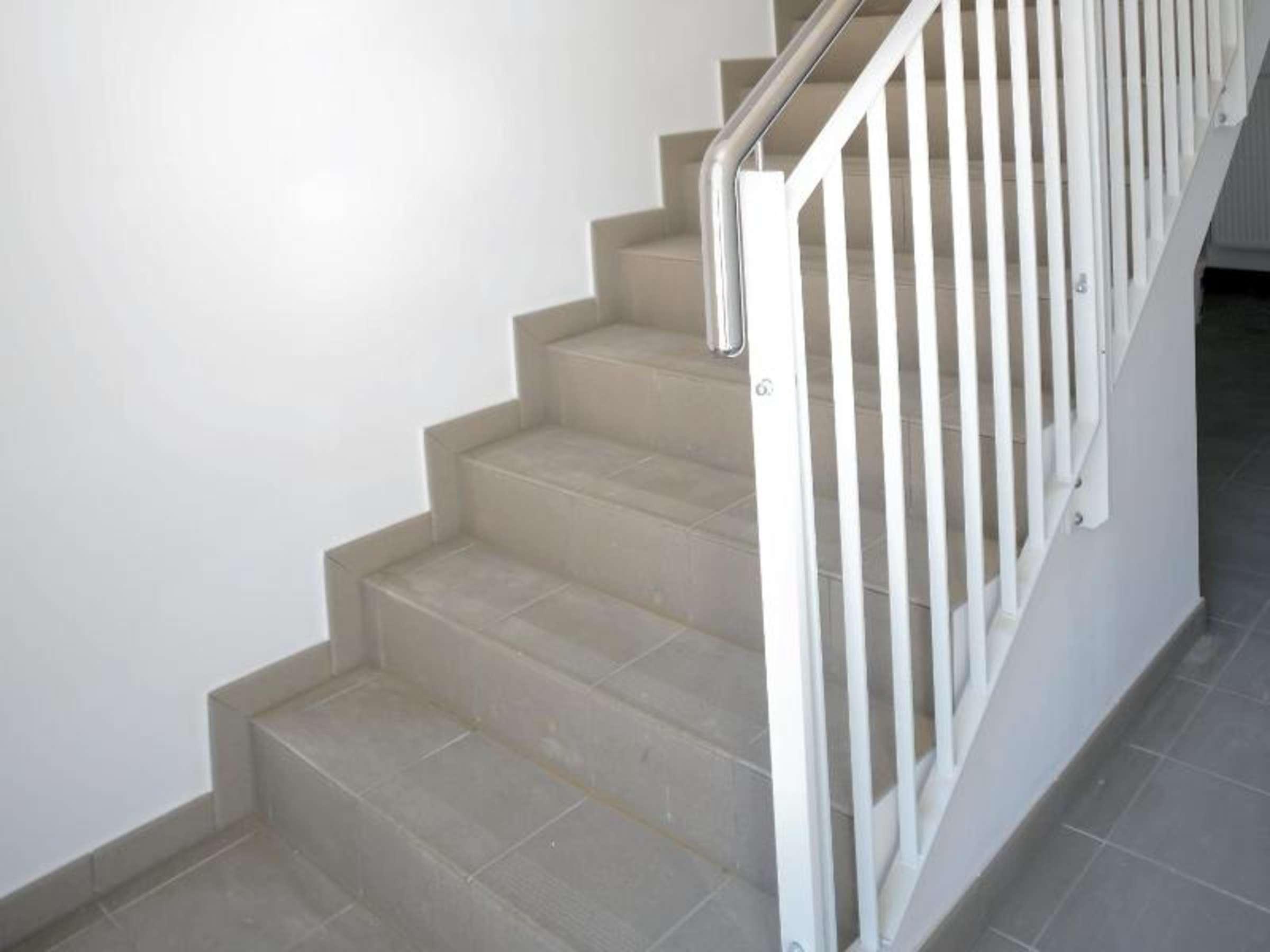Das Treppenhaus Reinigen Wann Mieter Putzen Oder Zahlen Wohnen