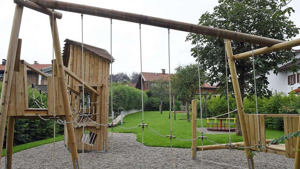 Klettergerüst Ab 1 Jahr : Düsseldorf kinder kämpfen für klettergerüst
