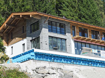 Wo Wohnt Manuel Neuer