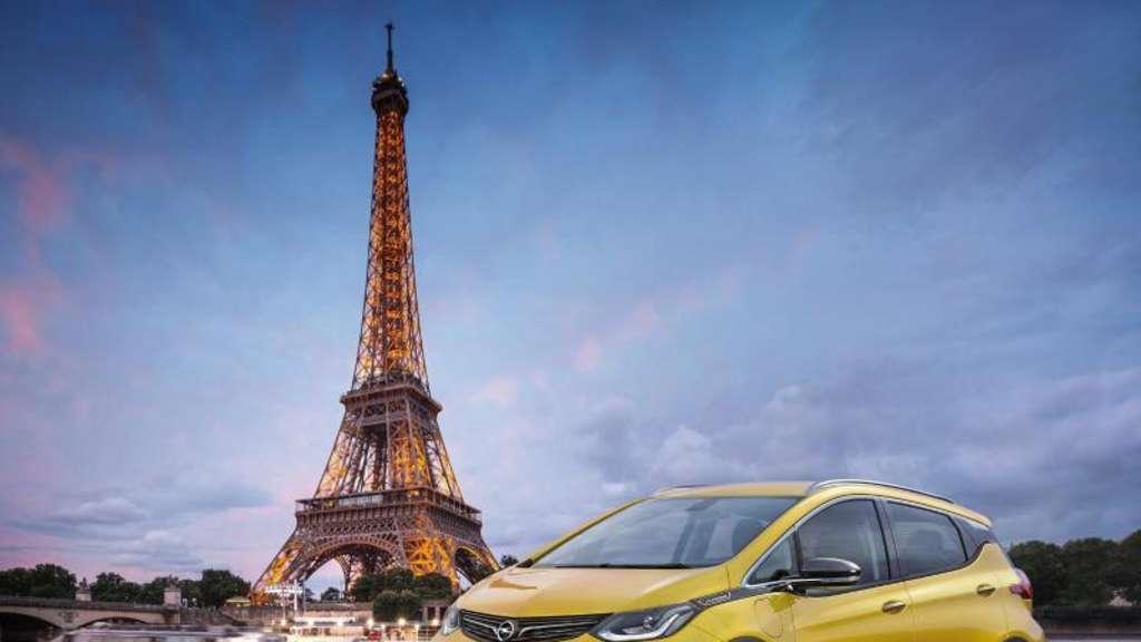 Debüt in Paris: Der elektrische Opel Ampera-e wird Anfang Oktober auf dem Pariser Salon präsentiert, leistet 150 kW/204 PS und ist bis zu 150 km/h schnell. Foto:GM Company/Axel Wierdemann