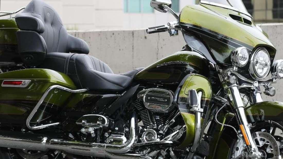 Oft wird man die CVOLimited von Harley-Davidson hierzulande nicht zu sehen bekommen:Von dem luxuriösen Reisemotorrad kommen nur 100 Exemplare nach Deutschland. Foto: Harley-Davidson
